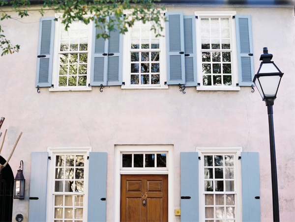 Charleston on Contax - house with blue shutters | Stefanie Kapra Photography | Charleston weddings