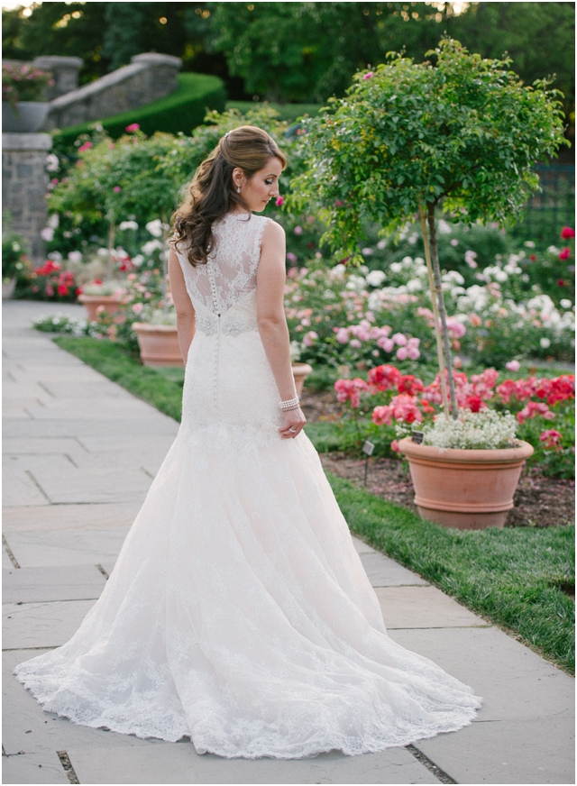 Stefanie Kapra Fine Art Wedding Film Photographer _ NY_botanical-gardens