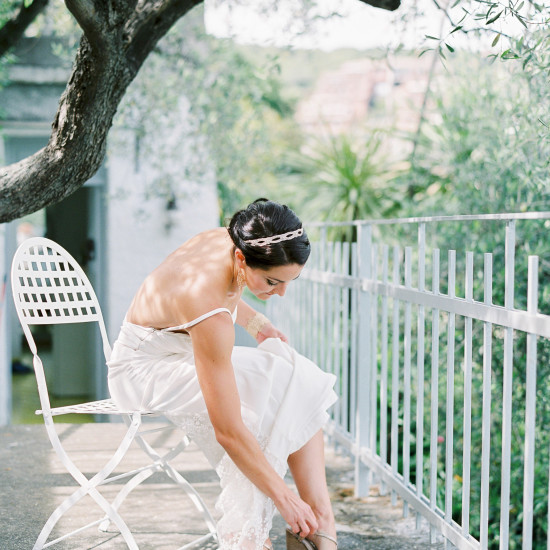 Cinque Terre Elopement Italy bride getting ready